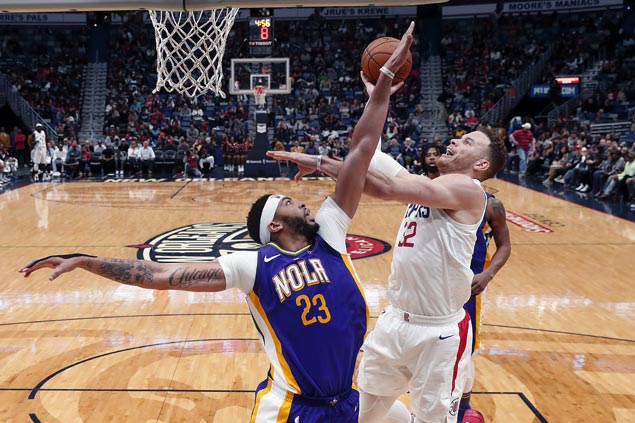 Clippers erase 21-point first-half deficit to beat Boogie-less Pelicans