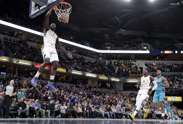 Pacers pull away late to beat Hornets for second straight win