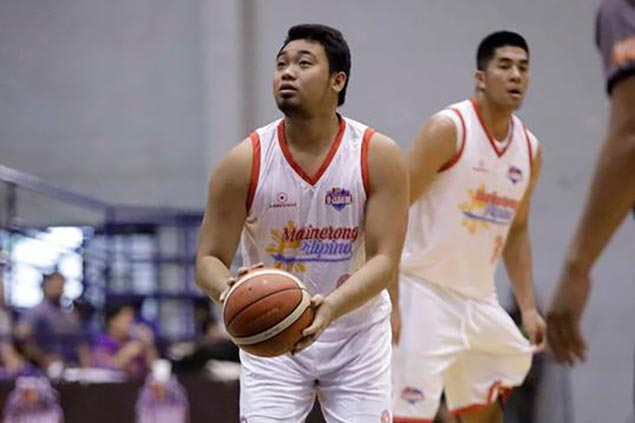 Derrick Pumaren ribs former ward Pasaol on limited minutes in D-League
