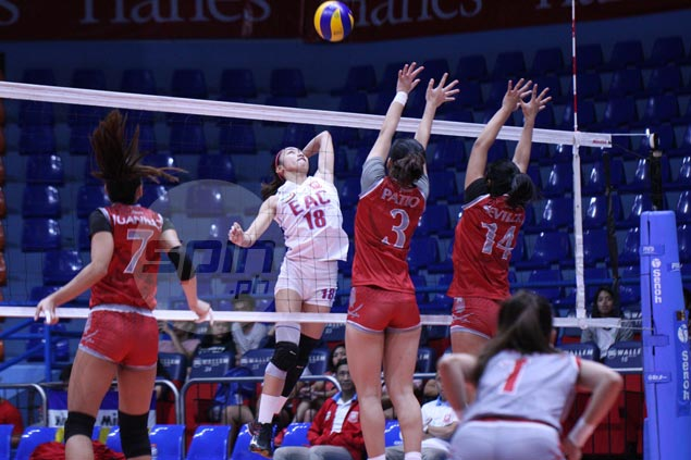 Ladeisheen Magbanua shows way as EAC overcomes Lyceum in five sets