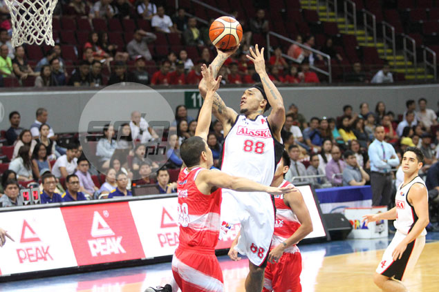 Abueva makes rousing return as Alaska tears Phoenix apart for fifth win in row