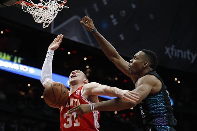 Hot-shooting Kemba Walker lifts Hornets past Hawks in Dwight Howard's Atlanta homecoming