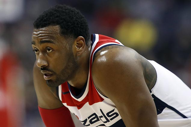 John Wall undergoes successful knee surgery, expected out6-8 weeks