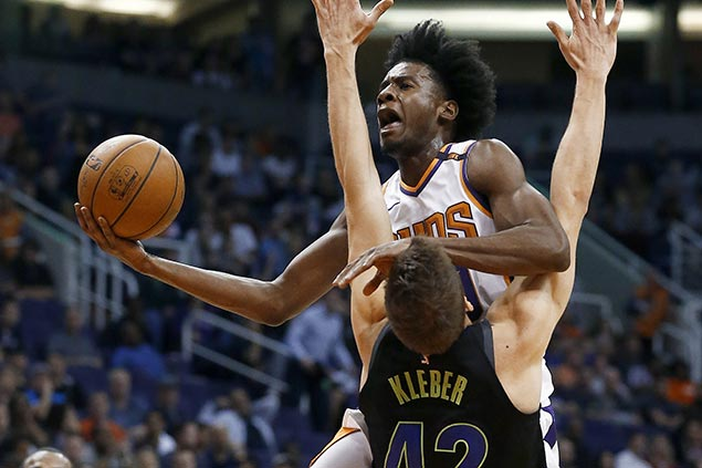 Suns overcome horror Canaan injury to snap five-game slump with win over Mavs