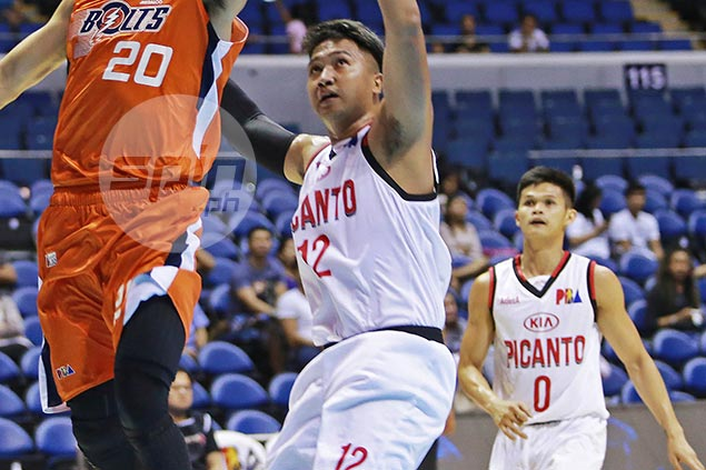 Ginebra picks up Prince Caperal as backup plan for injured Slaughter