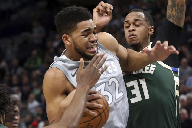 KAT registers NBA-best 46th double-double as Wolves down Bucks