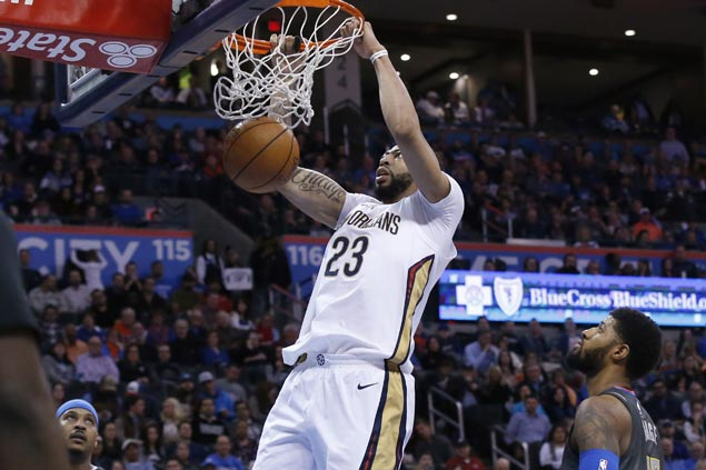 Anthony Davis scores 43 as Pelicans down Thunder to halt two-game slide