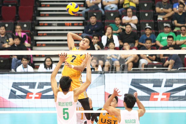 UST wins five-set thriller against La Salle in UAAP volleyball opener