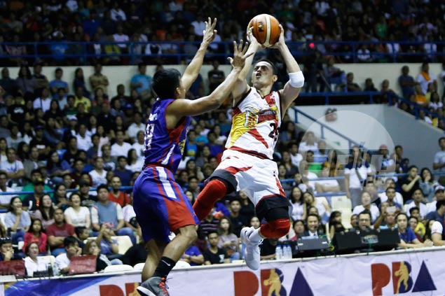 Journeyman Chico Lanete making most of opportunity in Cabagnot's absence