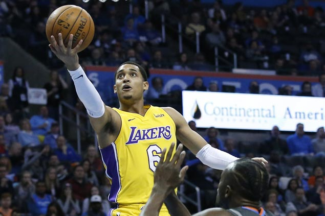 Lakers make it two straight wins and deal Thunder fourth consecutive loss