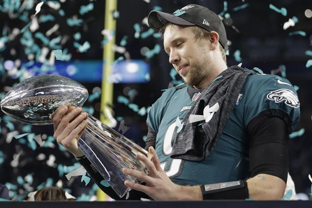 Traded three years ago, Nick Foles returns to become unlikely folk hero for Philly