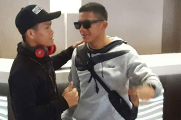 Ancajas offers words of consolation in chance meeting with Gonzalez at airport