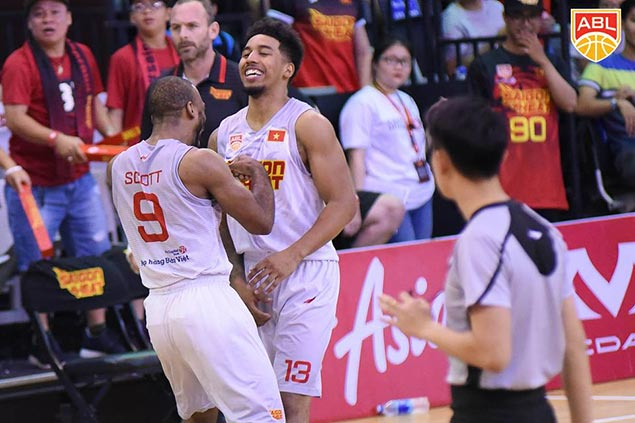 Saigon Heat proves steady in overtime to repeat over Standhardinger-led Hong Kong