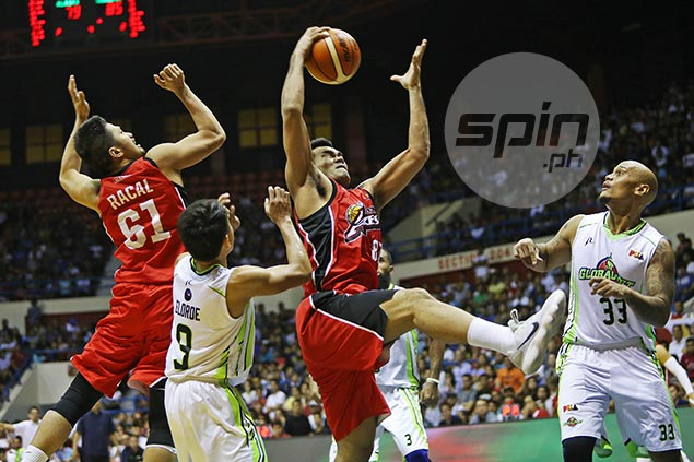 Fit-again Vic Manuel earns Player of the Week nod for leading Alaska surge