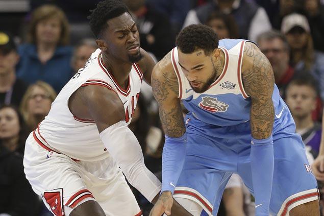 Kings overcome horrid nine-point first quarter to beat skidding Bulls