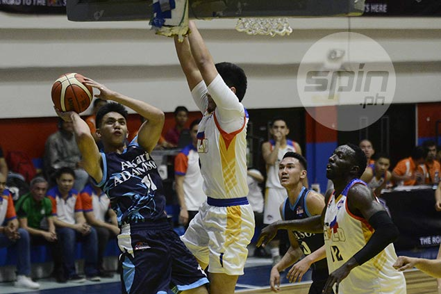 Akari-Adamson gets back on win track after holding off late Go for Gold rally