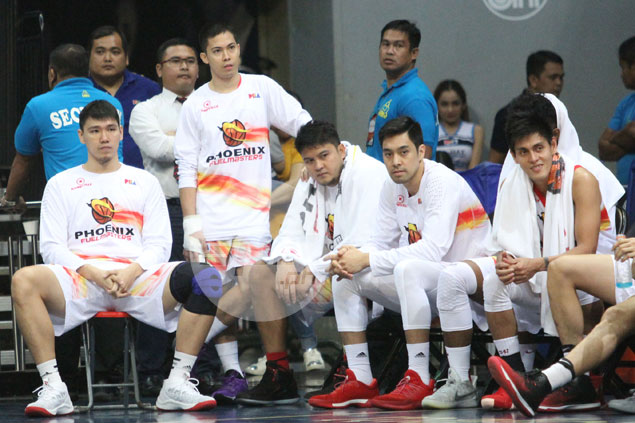 Here's why LA Revilla left Phoenix game against TNT after brief appearance