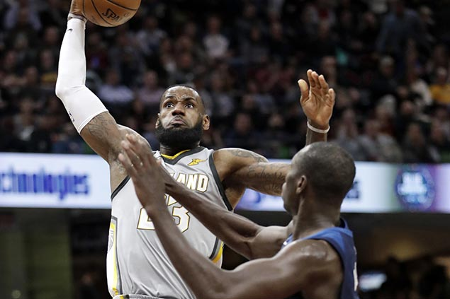 LeBron hits game-winner as Cavs outlast Timberwolves in OT shootout