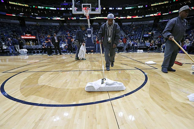 Pacers-Pelicans game postponed due to leaky roof in New Orleans venue