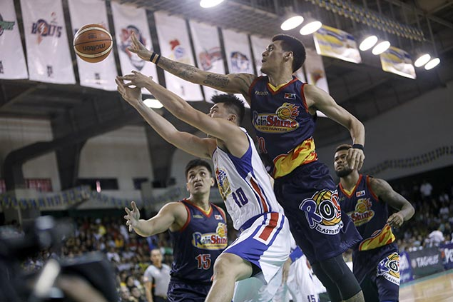 Almazan, Yap steady ship in endgame as Rain or Shine sends Magnolia skidding in Pangasinan