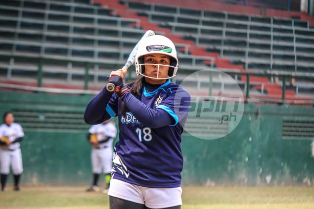 Lady Falcons rip Tigresses in early battle of UAAP softball favorites