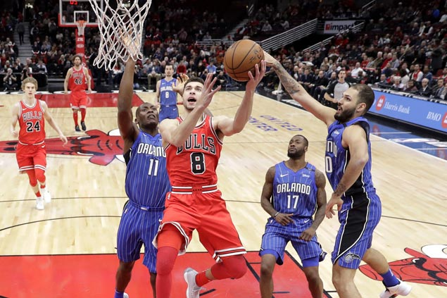 Zach LaVine dunk off steal saves Bulls after blowing 18-point lead over Magic