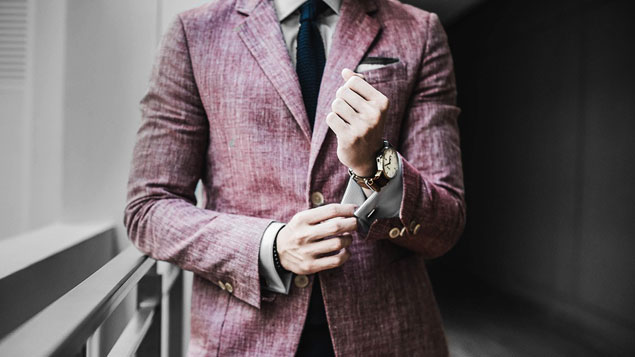 Follow these style and grooming rules to be her perfect date on V-Day