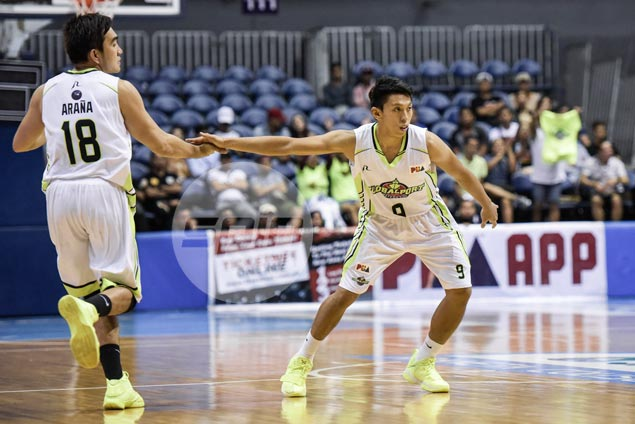 Nico Elorde proud to keep in step with 'Asia's best point guard' Castro