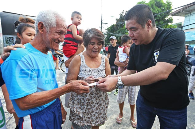 Elderly couple granted fervent wish to watch PBA games on Valentine's Day