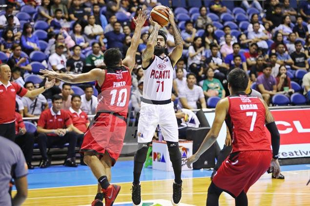 As KIA losses pile up, Ronald Tubid urges teammates to 'trust the process'