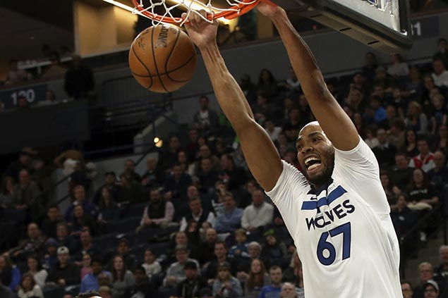 Gibson's career game, Butler's late charge power Timberwolves rally past slumping Lakers