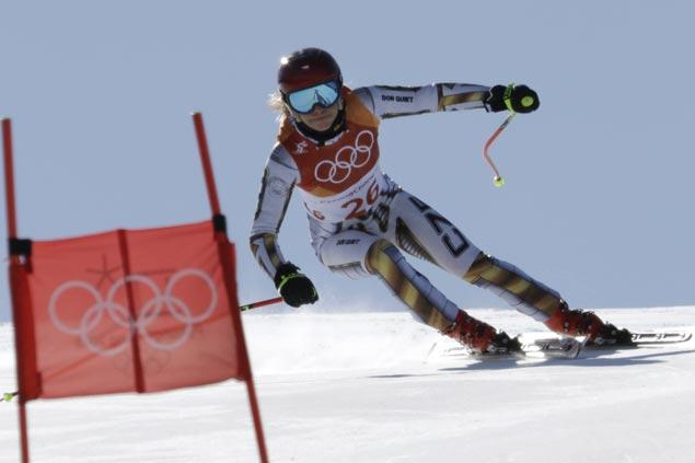 Ester Ledecka rules Olympic super-G as error costs Lindsey Vonn a medal