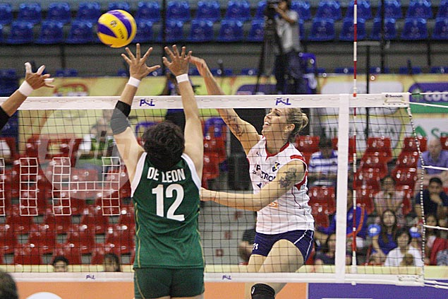 Stalzer, Hurley show way as Blaze Spikers overcome Lady Realtors in four