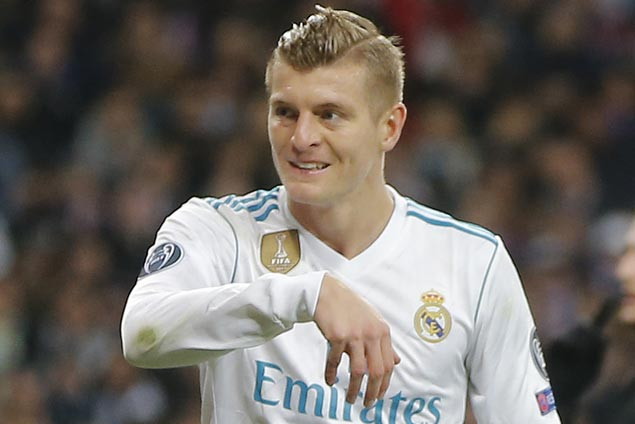 Real Madrid midfielder Toni Kroos out indefinitely with sprained knee ligament