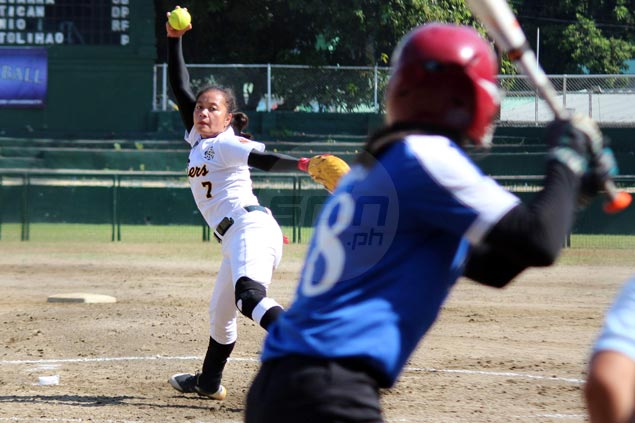 Mary Ann Antolihao pitches no-hitter, misses perfect game as UST beats Ateneo