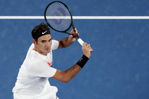 After securing world No. 1 spot, Roger Federer closes in on Rotterdam title