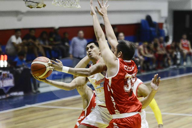 Marinerong Pilipino returns strong from long break, cruise to victory over AMA