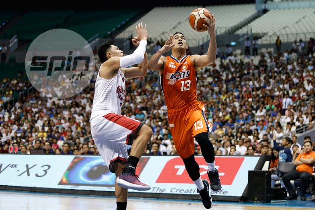 Garvo Lanete bags PBA Player of Week award thanks to his clutch games for Bolts
