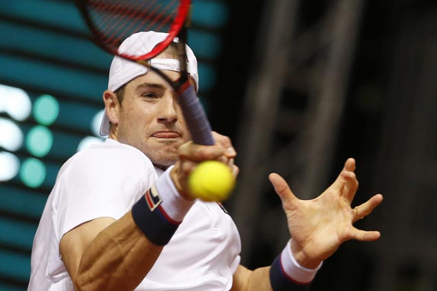 John Isner wins rematch against Radu Albot as Del Potro downs Jeremy Chardy at Delray Beach