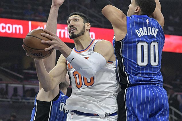 Knicks rally late to snap 8-game slump, deal Magic fourth straight loss