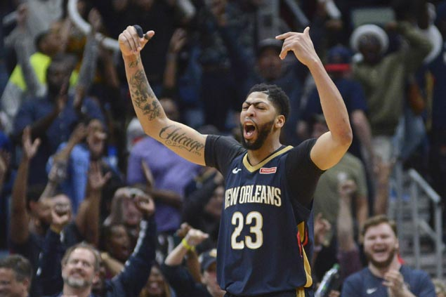 Anthony Davis has 45 and 17 as Pelicans overcome Heat in overtime