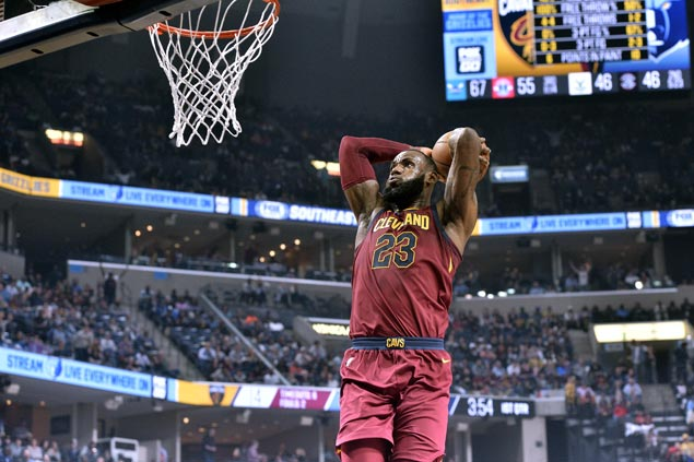 LeBron posts triple-double, Clarkson and other Cavs new guys score in double digits in rout of Grizzlies