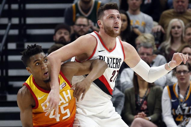 Blazers make it two straight wins and snap Jazz's win streak at 11
