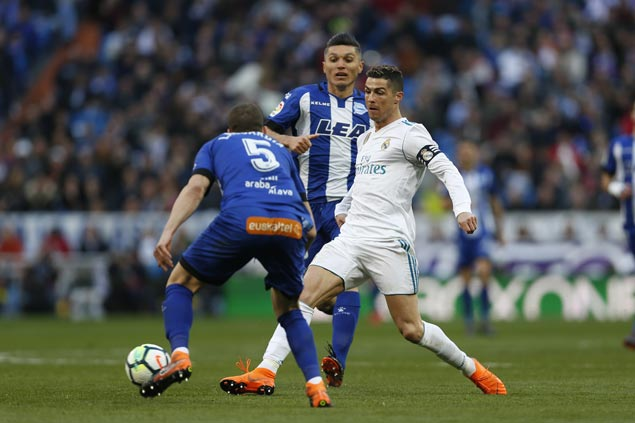 Ronaldo nets brace, Bale and Benzema also score as Real Madrid routs Alaves