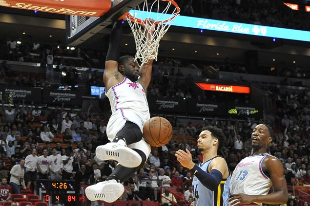 Heat stop three-game slide and send Grizzlies to ninth straight loss