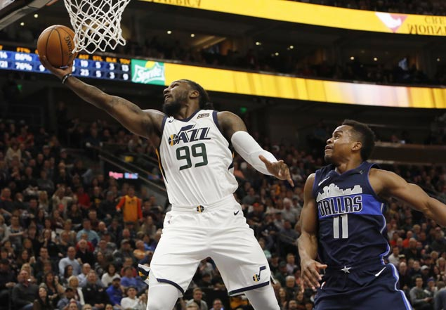 Jazz get back on track with close win over Mavericks