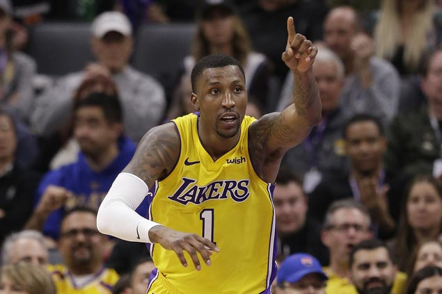 Kentavious Caldwell-Pope scores season-high 34 as Lakers edge Kings to snap three-game skid