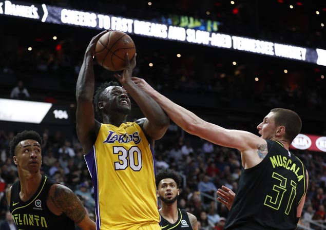 Double-doubles by Ingram, Randle power Lakers past Hawks for third straight win