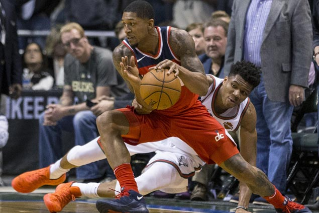 Bradley Beal comes up clutch as Wizards overcome Bucks