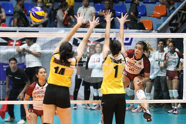 Tots Carlos scores 32 as Lady Maroons stop the bleeding with four-set win over Tigresses